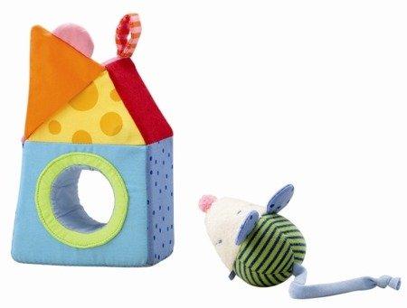 Myszka w domku